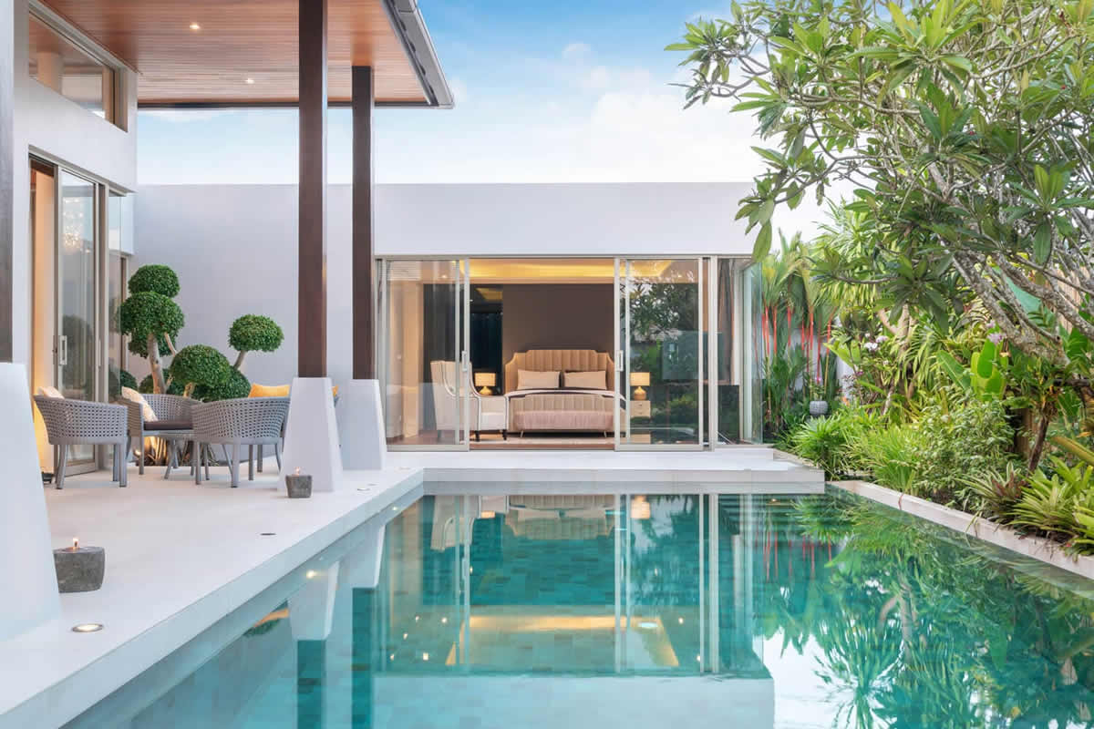 Five Reasons to Look for an Apartment that Has a Swimming Pool
